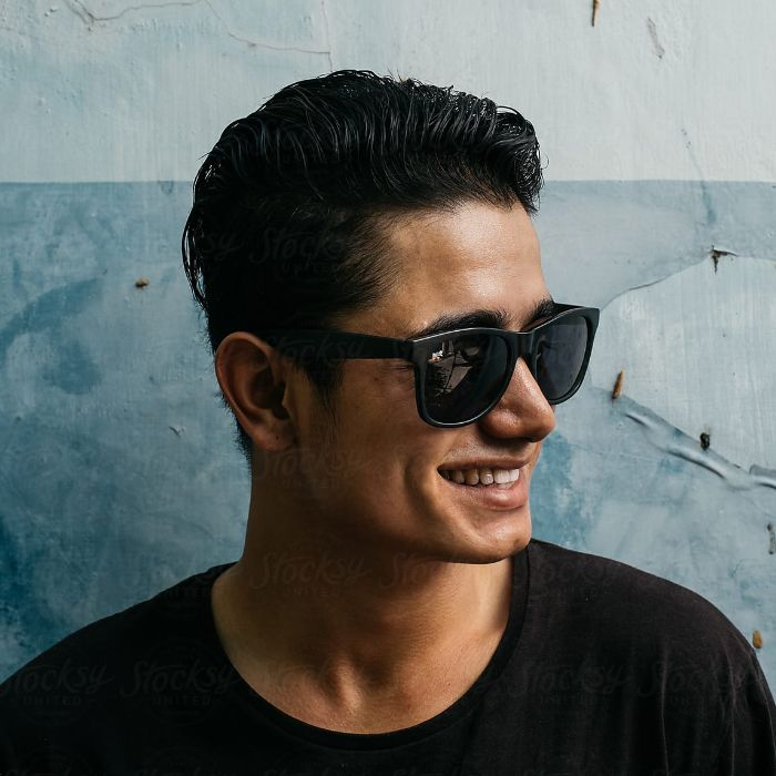 Hombre con gafas alicante