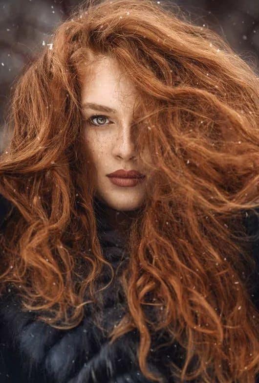 Como tenir cabello con henna