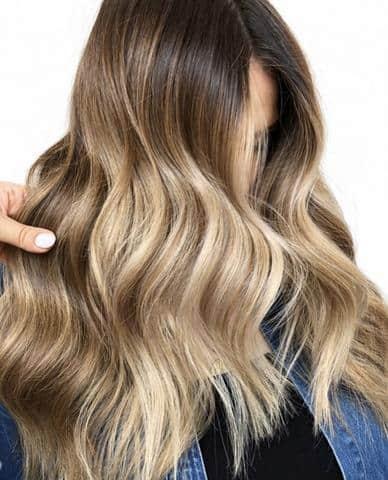 cabello largo con mechas