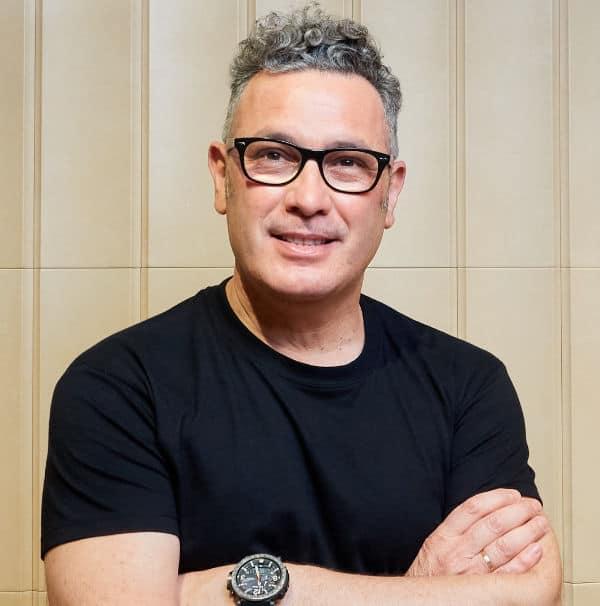 Julián Martínez Director de Peluqueria Creative en Alicante